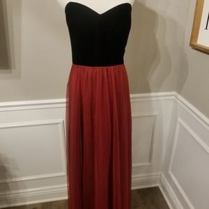 NWT Sample Sale Dessy Studio Collection Tulle Gown